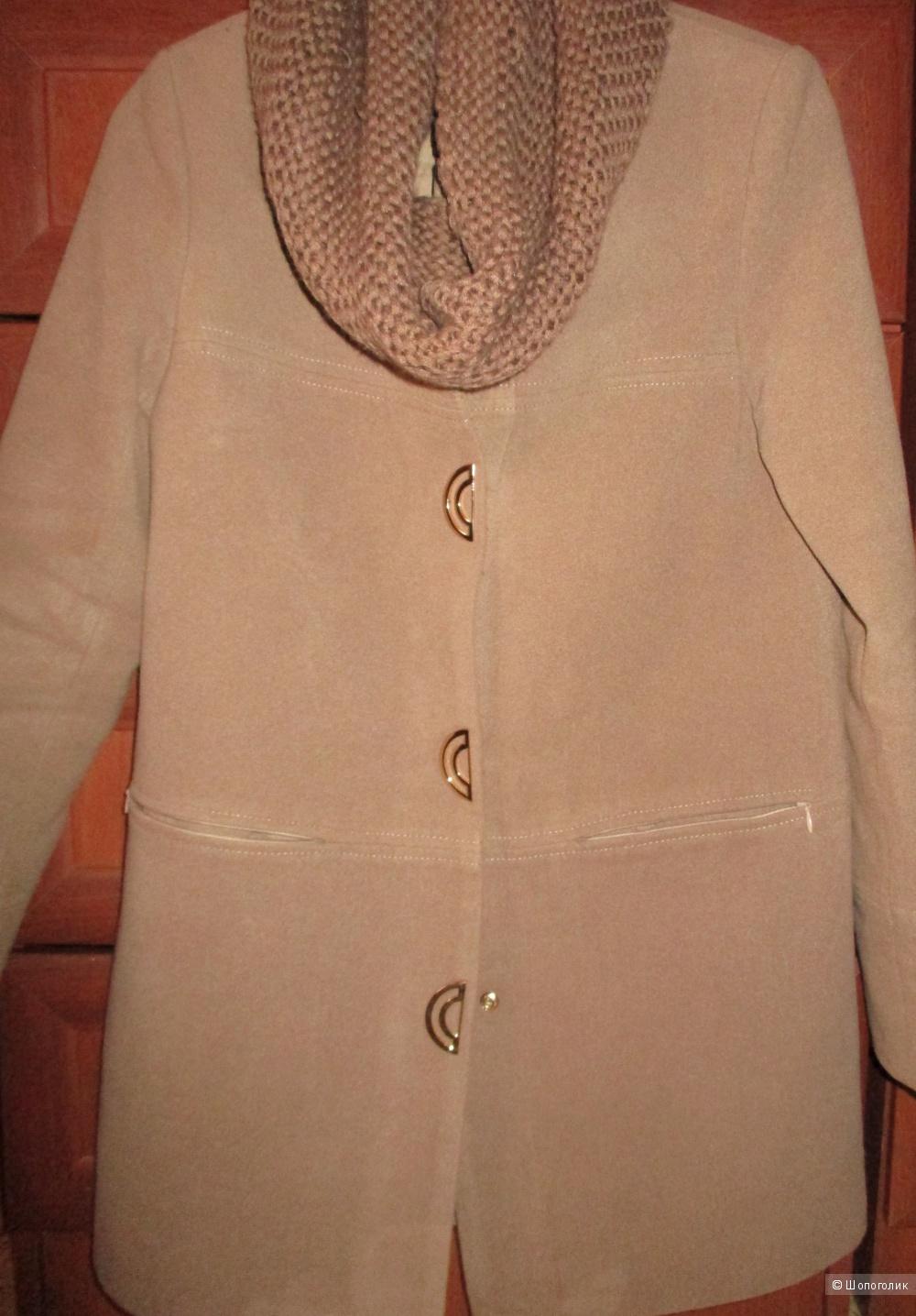 Пальто кашемировое 44-46 размера новое