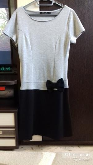 """Платье женское """"Глория Джинс"""", размер XS, в идеальном состоянии"""