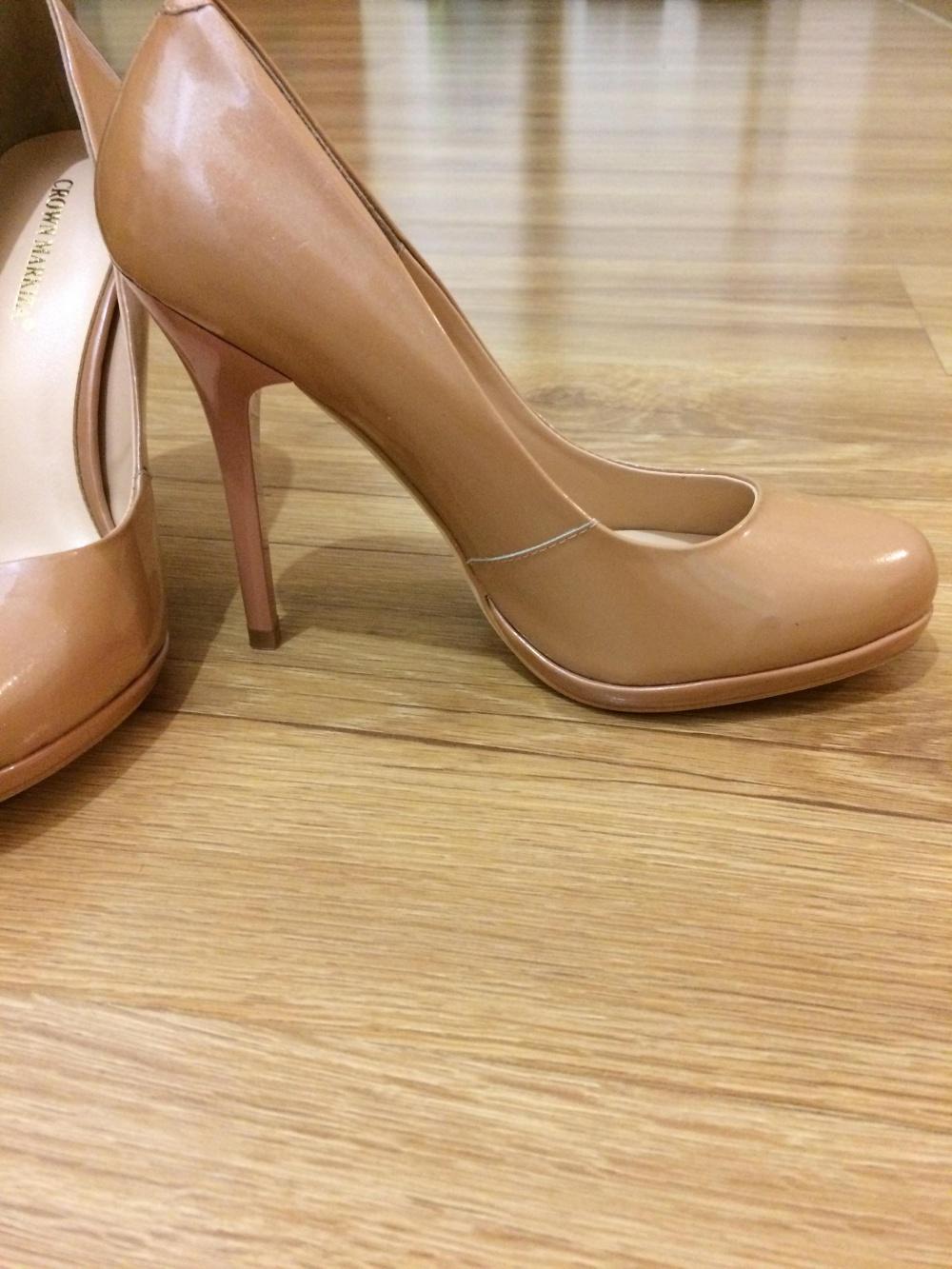 Прекраснейшие туфли деликатного перламутрового цвета шампанского 37 р-р