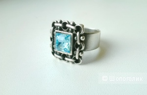 Кольцо JENAVI с камнем под топаз
