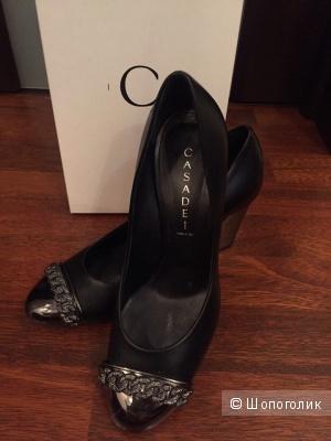 Шикарные туфельки Casadei, 38 размер