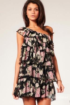 Платье Lipsy London размер 8UK