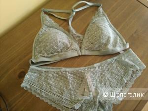 Комплект белья Victorias Secret L верх и L низ
