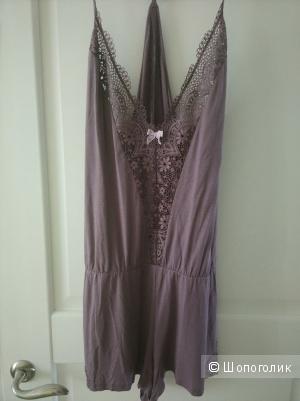 Ультра-мягкий комбинезон для дома или сна Victorias Secret размер L новый