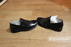 Новые Kожаные ботинки Buddy Dog. Размер 24-25.