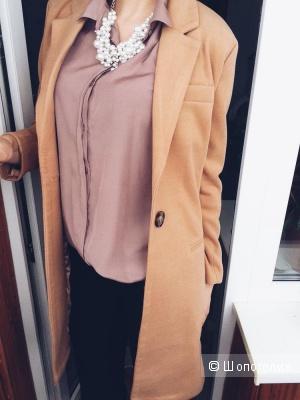 Новое пальто.На теплую погоду.Размер 44-46.