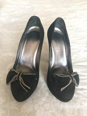 Очень классные туфли Loriblu Италия.