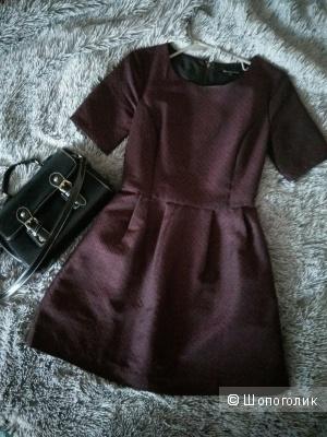 Качественное платье темно-бордового цвета от Tom Farr в размере XS. Недорого.