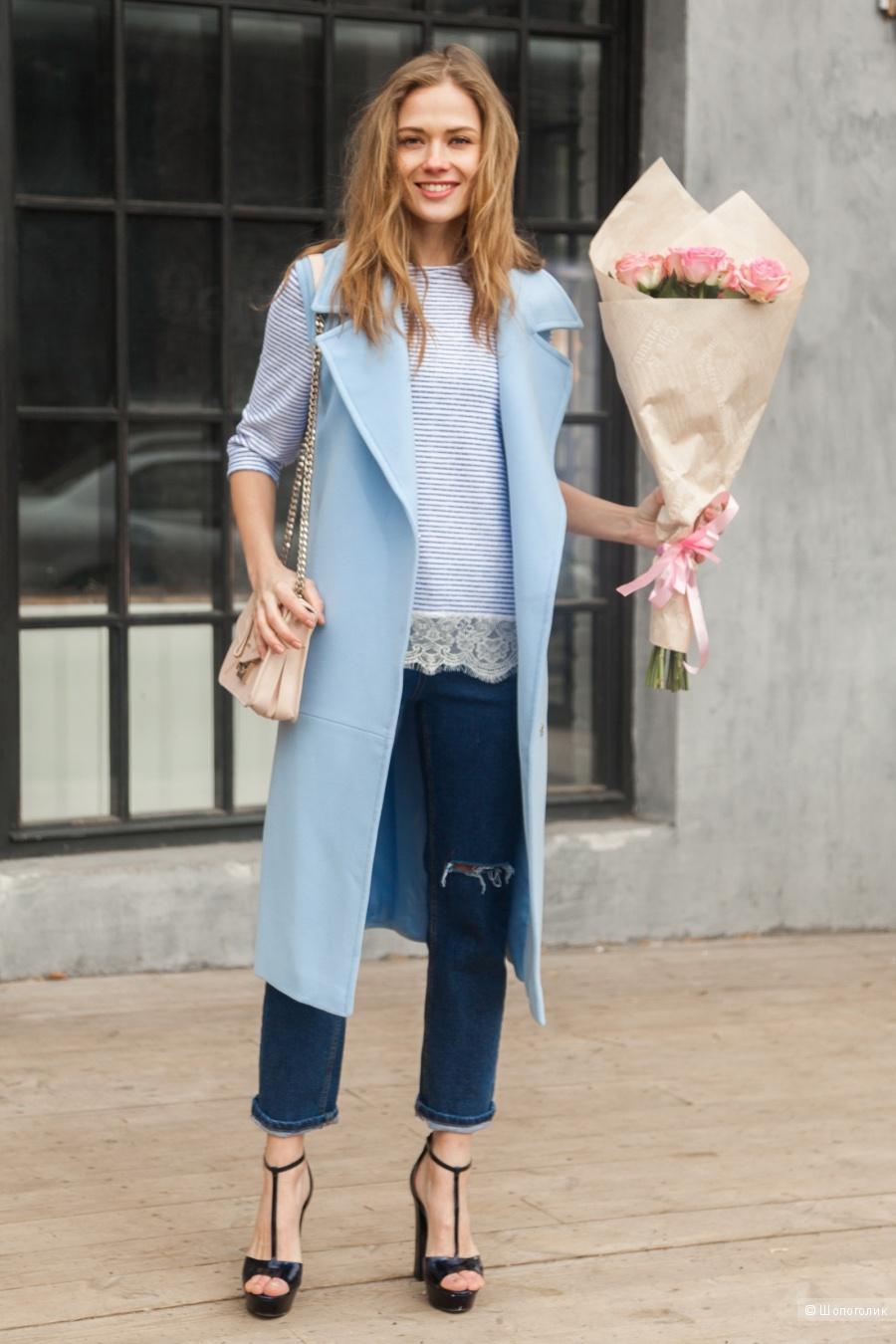 Красивый удлиненный жилет голубого цвета Ren-tex размер 42-44 росс.