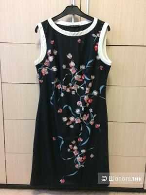 Платье черное стрейч с принтом 46-48 разм.