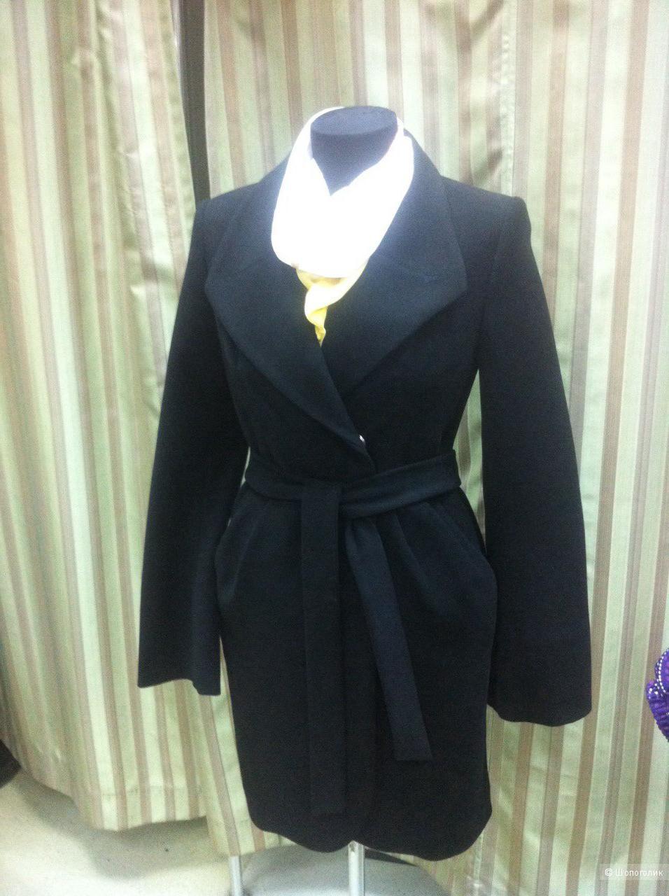 Новое пальто чёрное р.44