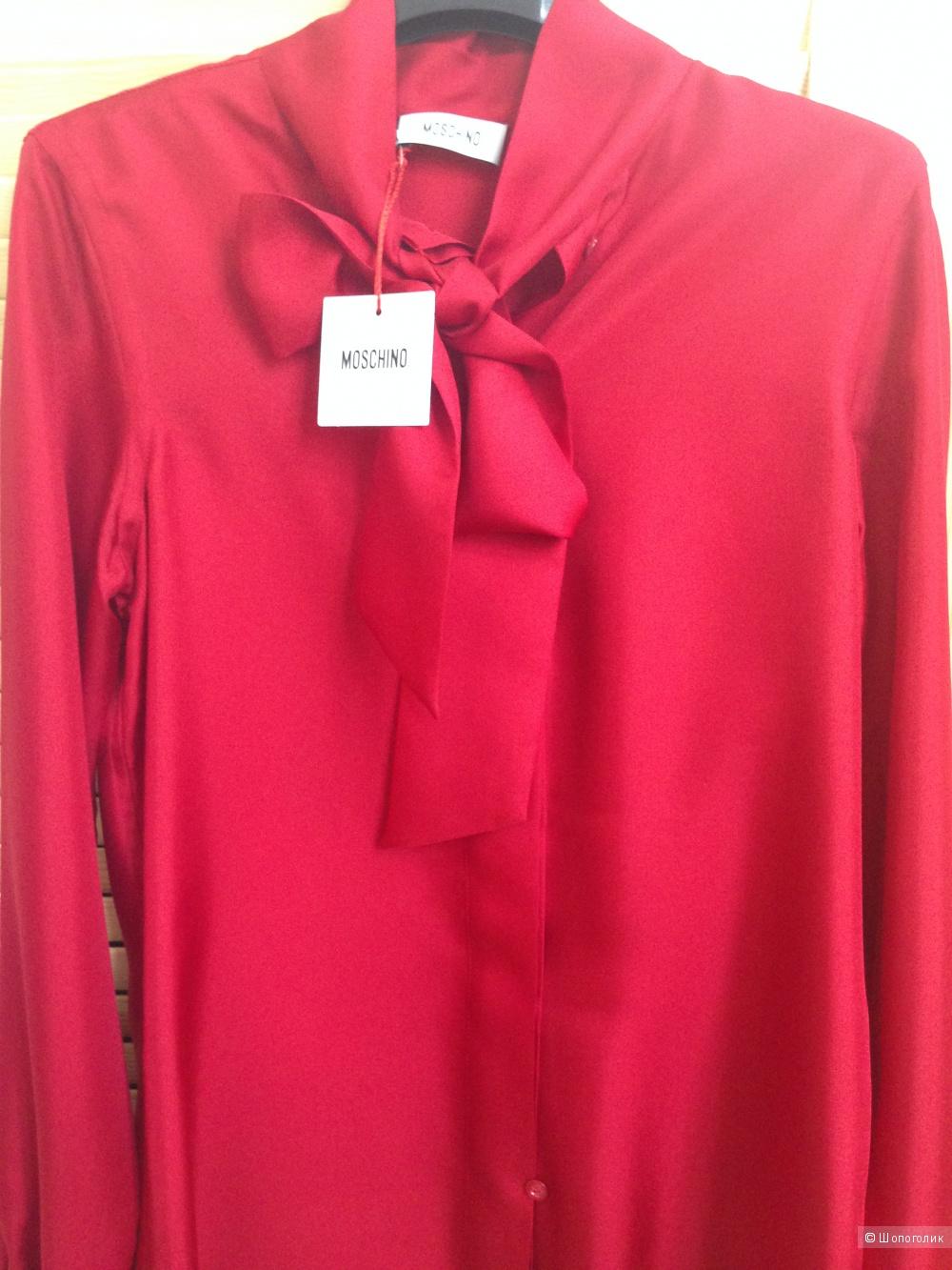 Рубашка шелковая с бантом Moschino