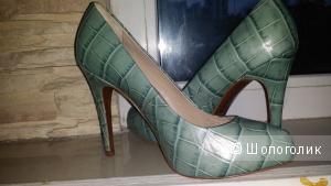 Новые туфли Uterque под крокодила, eur 39