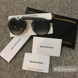 Солнечные очки Balenciaga