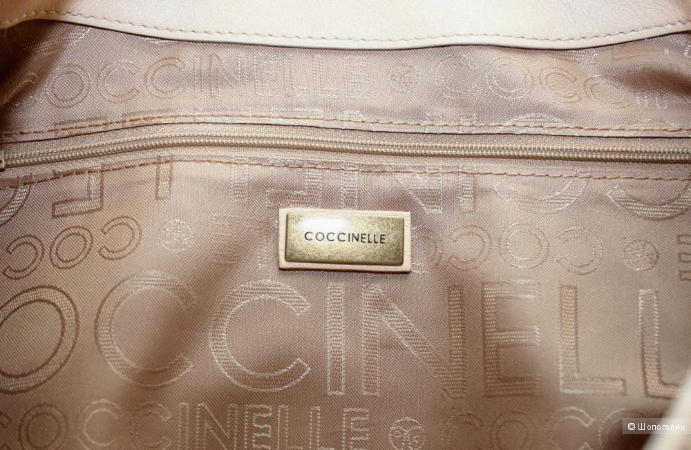 Coccinelle сумка  большая в идеальном состоянии