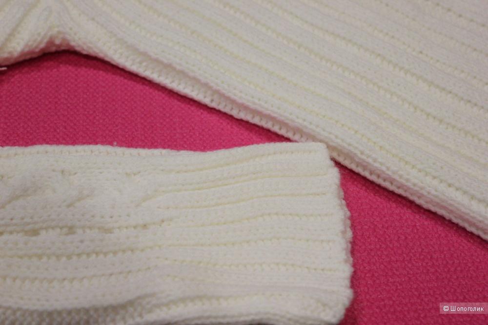 Акриловый свитер Boohoo размер S (не повтор, в продаже был другой размер)