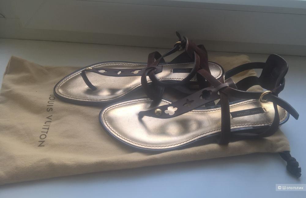 Сандалии Louis Vuitton 37,5-38