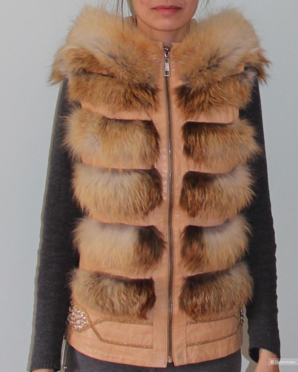 Жилетка Capitol мех лисы, кожа. 40-42 размер
