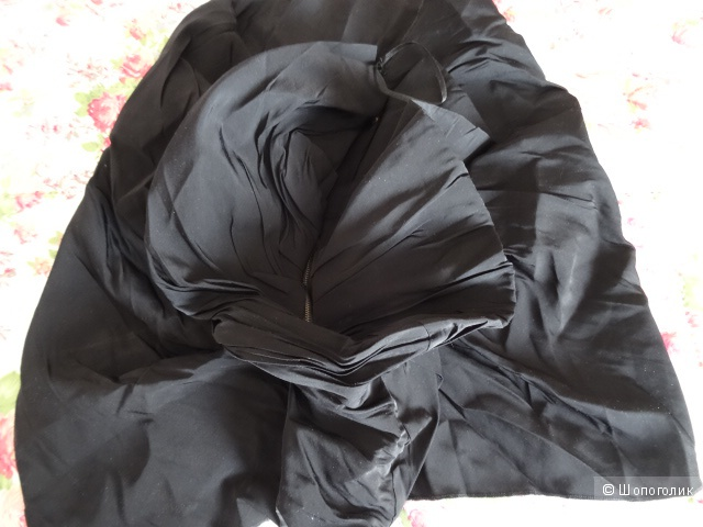 """Блузка """"River Island"""" и юбка в чёрном цвете, размер 42-44, б/у"""