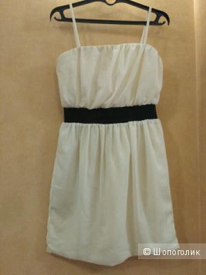 Платье Кира Пластинина, размер 44-46, молочное с черным поясом