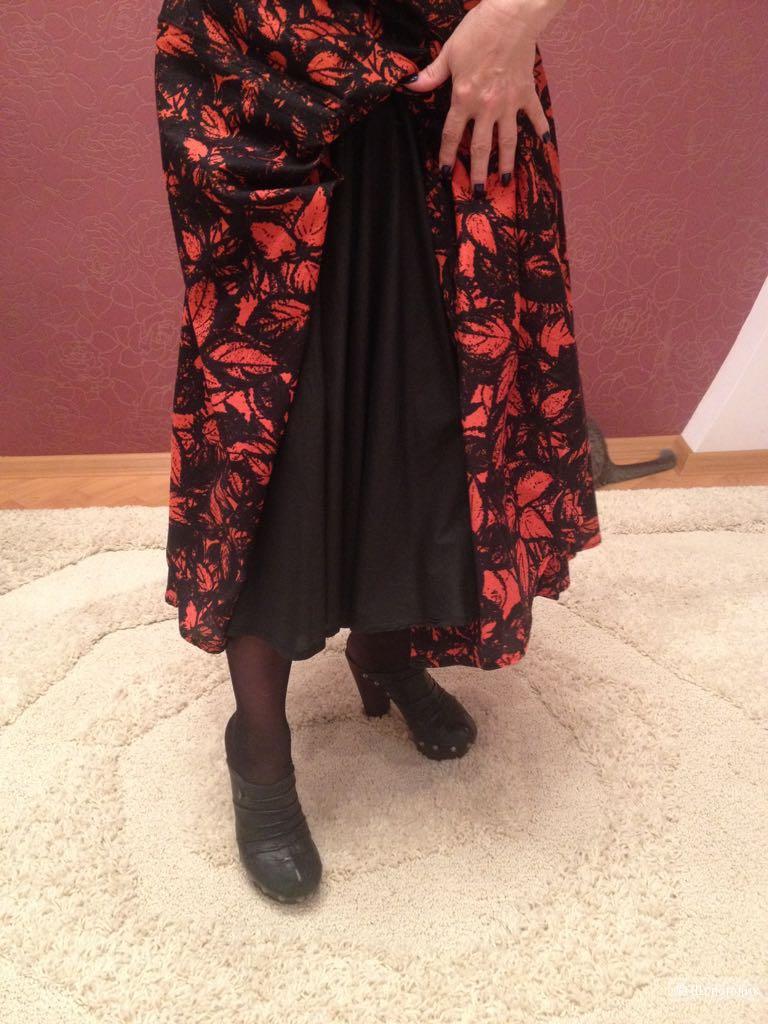 Шикарное платье  ISABEL DE PEDRO,US 6  ,I 42.