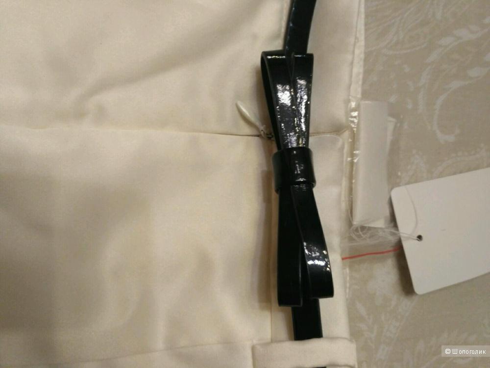 Юбка OGGI белая, разм 38, черный пояс