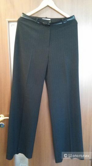 Классические брюки графитового цвета 50-го размера