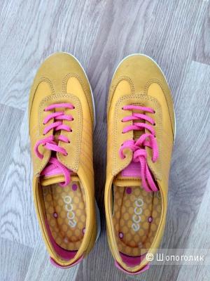 Новые кроссовки Ecco, 36