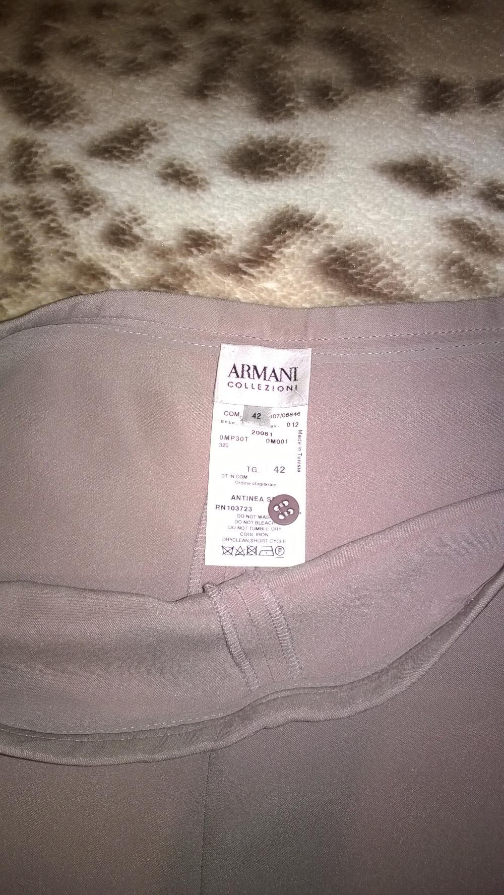 Новые брюки Armani Collezioni 42it