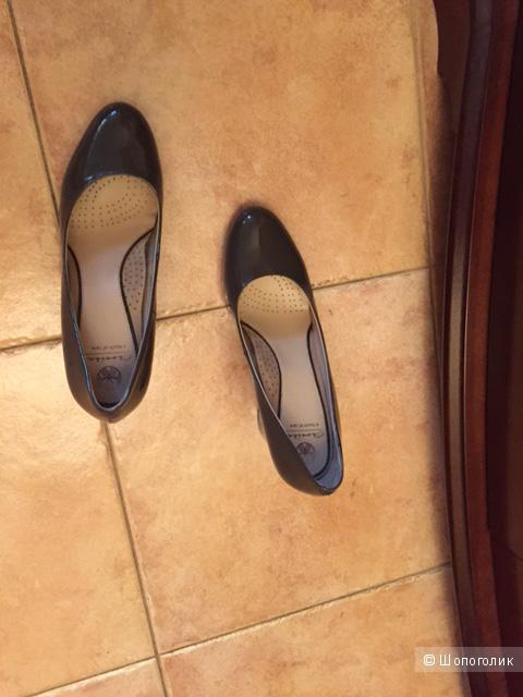 Лакированные туфли Эконика 37 р