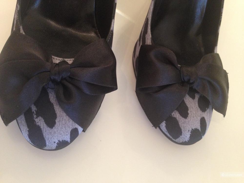 Туфли Moschino Cheap&chic (размер 39)