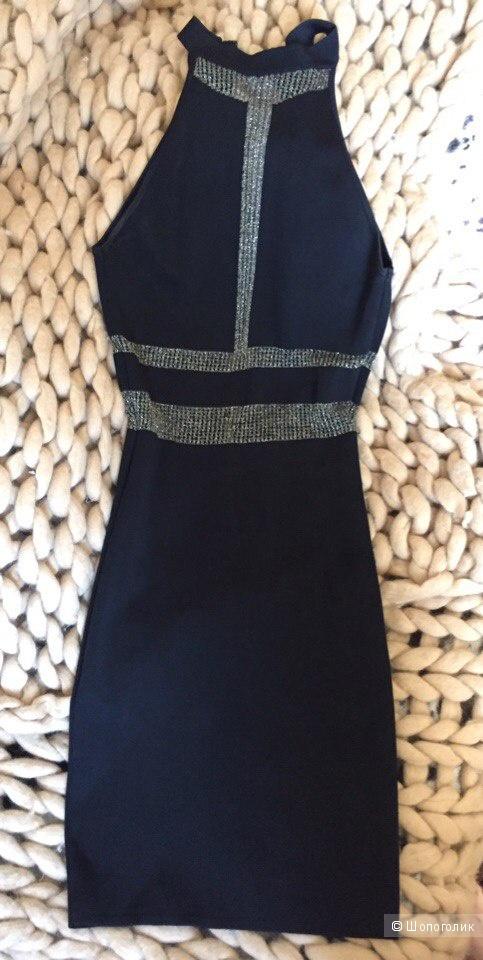 Шикарное платье по фигуре 44 размер Love Republic