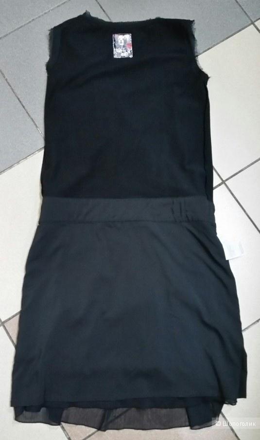 Платье нарядное  Apriori 34 нем -42 русс