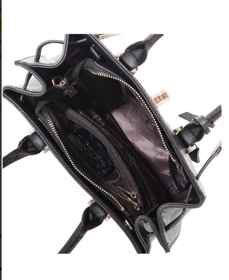 Новая сумочка кроссбоди итальянского бренда