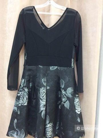 Новое красивое платье Rita Degli Esposti, размер М