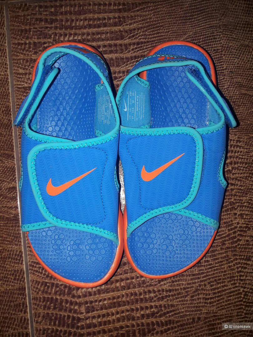 Сандалии Nike на мальчика, новые. размер EU32.