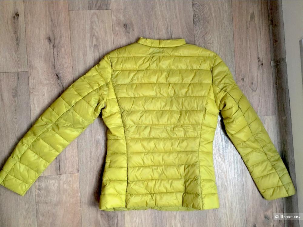 Куртка Sisley 38р цена 2200р