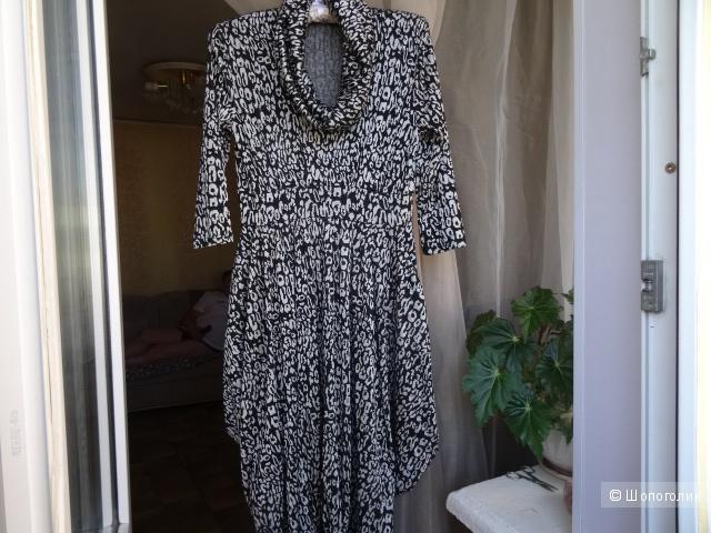 Платье баллон в серебристо-чёрных тонах, размер 42-44, б/у