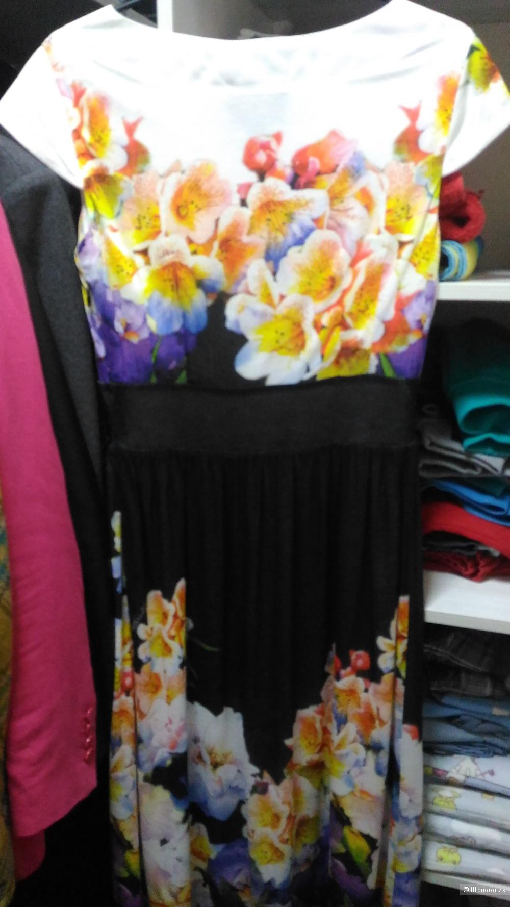 Новое платье Class Roberto Cavalli, размер 42-44