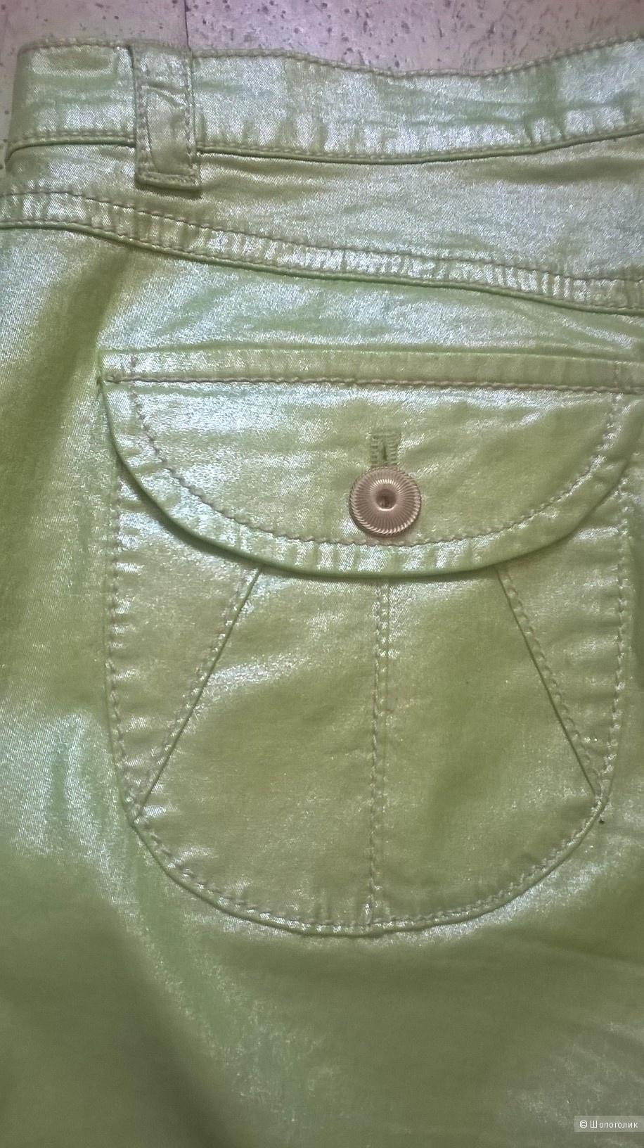 Новые брюки-джинсы APRIORI  евр.38 рос.44