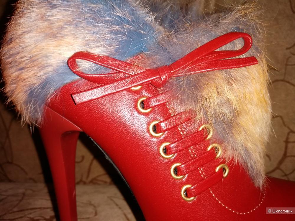 Нереально крутые ботильоны от W2 Shoes & Accessories, 37 размера.