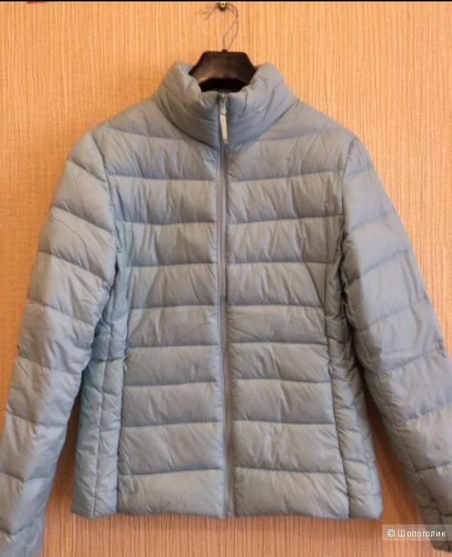 Демисезонная куртка мятного цвета , размер 44-46
