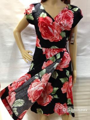 Красивейшее летнее платье с запАхом розами. р.44-46 Новое
