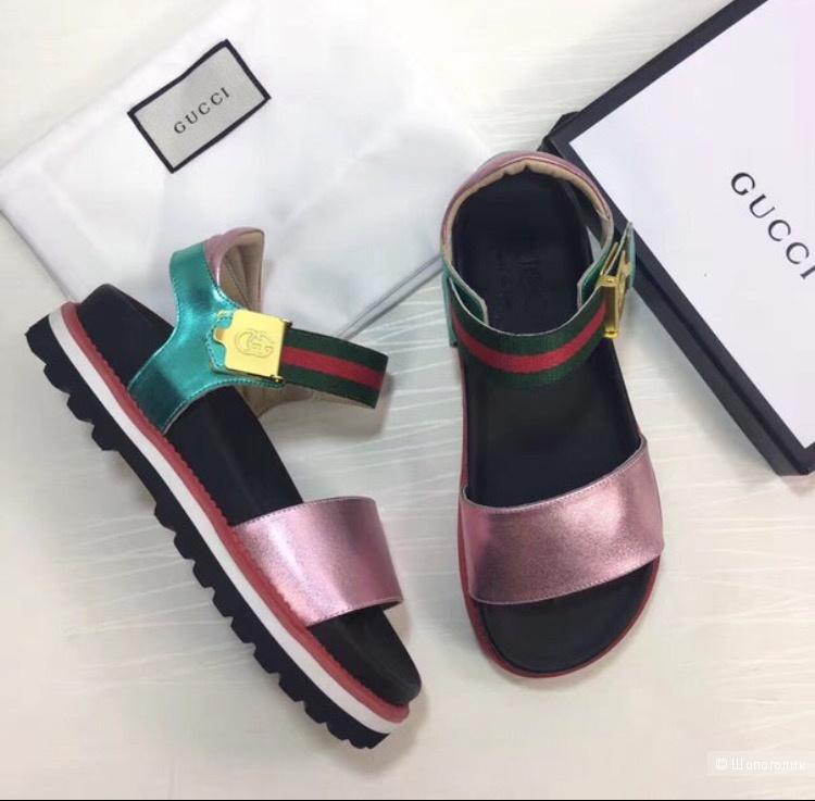 Gucci сандалии 37 р