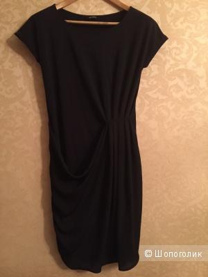 Черное трикотажное платье Max&Co M