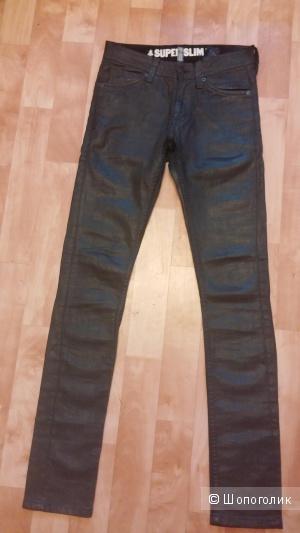 Узкие джинсы H&M Divided под кожу на подростка