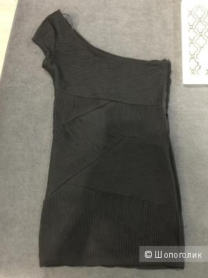 Платье Zara, размер М.