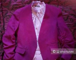 Пиджак женский приталенный орнамент размер 40-42