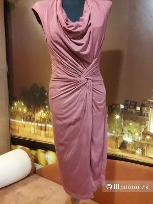 Лёгкое трикотажное платье MANGO  р М