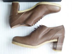 ROBERTO DEL CARLO кожаные ботинки на каблуке, размер 37,5